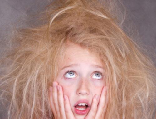 Jak se zbavit elektrizujících vlasů